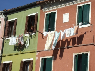clothesline-in-burano